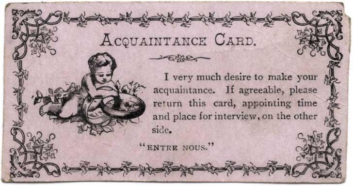 """""""Tengo muchos deseos en conocerla. Si lo desea, por favor devuelva esta tarjeta, anotando la hora y el lugar para la entrevista, en el reverso""""."""
